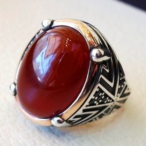 Other - SILVER OVAL CARNELIAN GEMSTONE MENS RING SIZE 10